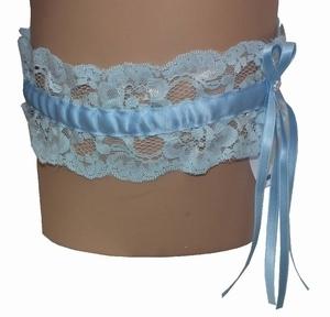 Marie Jo kanten kousenband in zachtblauw met satijnen linten