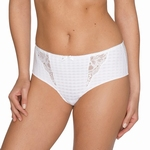 Madison Prima Donna, short / hotpants met kant in helder wit